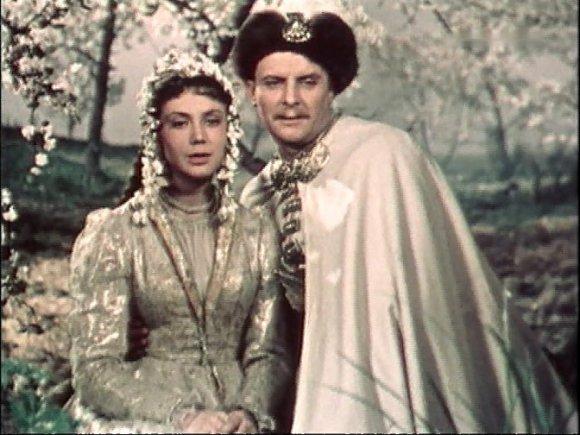 Кадр из фильма «300 лет тому...»