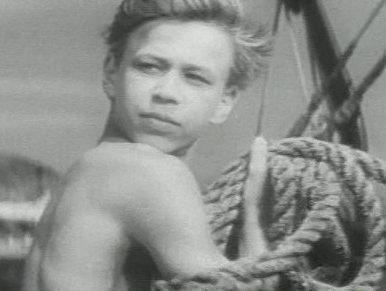 Кадр из фильма «Юнга со шхуны «Колумб»»