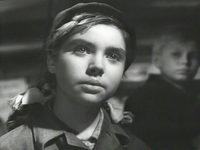 Кадр из фильма «Трижды воскресший»
