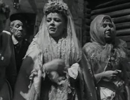 Кадр из фильма «Свадьба»