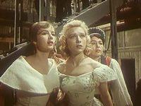 Кадр из фильма «Семь нянек»