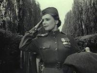 Кадр из фильма «Солдатка»