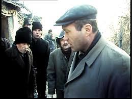 Кадр из фильма «Стук в дверь»