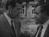 Кадр из фильма «Судьба резидента»