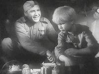Кадр из фильма «Сын полка»