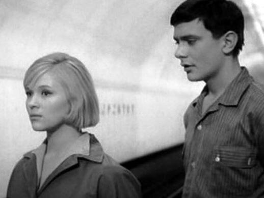 Кадр из фильма «Я шагаю по Москве»