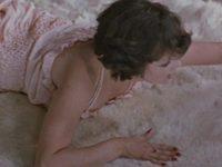 Кадр из фильма «Шкура белого медведя»