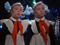 Кадр из фильма «Королевство кривых зеркал»