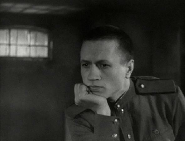 Кадр из фильма «Максим Перепелица»