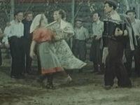 Кадр из фильма «Поддубенские частушки»