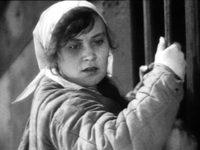 Кадр из фильма «Подруги»